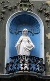 被修筑的玛丽雕象贞女墙壁 免版税库存照片
