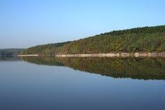 被倒置的反映在水中 免版税库存照片