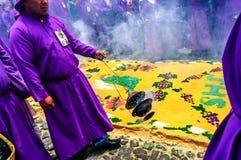 被借的宗教队伍,安提瓜岛,危地马拉 免版税库存图片
