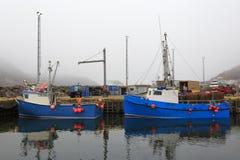 被停泊的小船钓鱼 库存图片