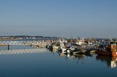 被停泊的小船,普尔港 免版税库存照片
