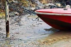 被停泊的小船 免版税库存照片