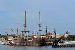 被停泊的Galleon船 免版税图库摄影