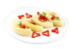 被充塞的意大利面食壳 免版税库存图片