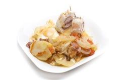 被充塞的肉煮熟的土豆 免版税库存图片