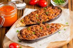 被充塞的茄子,茄子,绞细牛肉,猪肉,菜, toma 免版税库存图片
