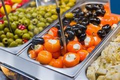 被充塞的辣椒粉和橄榄 免版税图库摄影