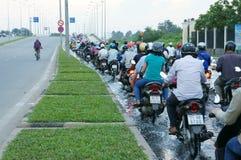 被充斥的路,巨量,摩托车,城市 免版税库存图片