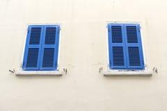 被关闭的窗口大街直布罗陀 库存照片