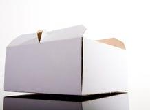 被关闭的配件箱蛋糕 库存照片