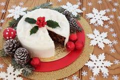 被冰的圣诞节蛋糕静物画 库存照片