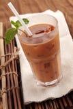 被冰的牛奶茶 免版税库存照片