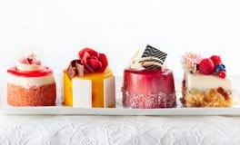 被分类的小蛋糕 图库摄影