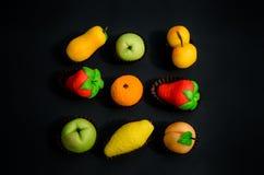 被分类的果子塑造了由糖小杏仁饼做的糖果 库存照片