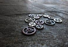 被分类的金属齿轮 免版税库存图片