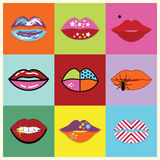 被分类的和五颜六色的流行艺术妇女嘴唇设置了海报 库存图片