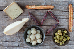 被分类的意大利开胃菜 图库摄影
