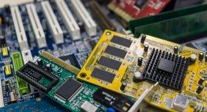 被分类的硬件计算机零件 免版税图库摄影