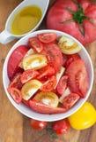 被分类的蕃茄沙拉 免版税库存图片