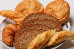 被分类的面包和卷 库存图片