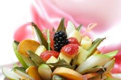 被切的果子牌照 免版税图库摄影