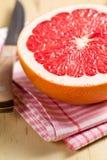 被切的葡萄柚红色 免版税图库摄影