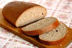 被切的面包褐色 库存图片