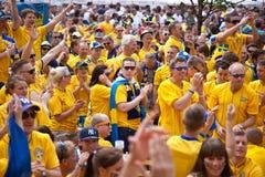 被到达的风扇瑞典乌克兰语 库存照片