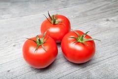 被刺穿的蕃茄 库存照片