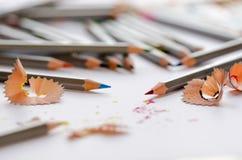 被削尖的颜色铅笔 免版税图库摄影