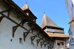 被加强的中世纪撒克逊人的教会在村庄Malancrav,特兰西瓦尼亚 免版税库存照片