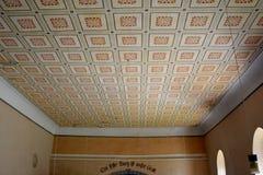 被加强的中世纪撒克逊人的教会的天花板在Cinsor-Kleinschenk,锡比乌县 库存照片