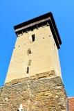 被加强的中世纪教会的塔在Malancrav,特兰西瓦尼亚 库存图片