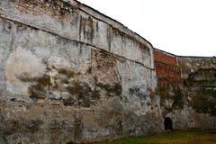 被加强的中世纪教会的墙壁金巴夫& x28的; Weidenbach& x29; 特兰西瓦尼亚 免版税库存照片