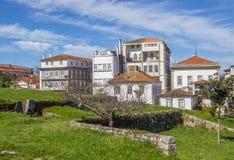 被加强的墙壁和房子在瓦伦西亚做米尼奥省 图库摄影