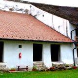 被加强的撒克逊人的中世纪教会哈曼,特兰西瓦尼亚,罗马尼亚的庭院 免版税库存图片