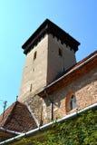 被加强的撒克逊人的教会的塔在村庄Malancrav,特兰西瓦尼亚 免版税库存图片