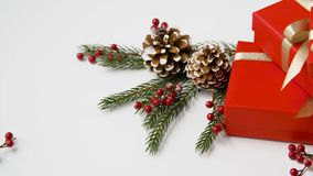 被包装的圣诞节礼物和装饰 股票视频