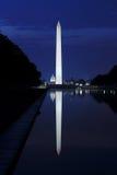 被反射的国会大厦 免版税图库摄影