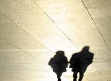 被反射的夫妇的阴影 免版税库存照片