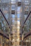 被反射的St Pauls大教堂 免版税库存照片