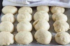 被发酵的大面包 图库摄影
