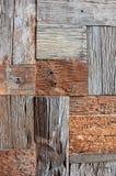 被回收的老棕色方形的木纹理 免版税库存照片