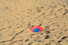 被埋没的沙子 免版税库存照片