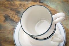 被堆积的咖啡杯摘要 图库摄影