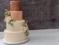 被堆积的婚宴喜饼 库存图片