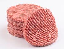 被堆积的未加工的汉堡包 免版税图库摄影