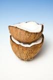 被堆积的椰子一半 库存照片
