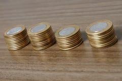 被堆积的硬币巴西真正 免版税库存照片