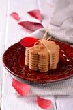 被堆积的稀薄的姜薄酥饼曲奇饼 免版税库存图片